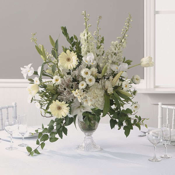 Wondrous White Reception Centerpiece